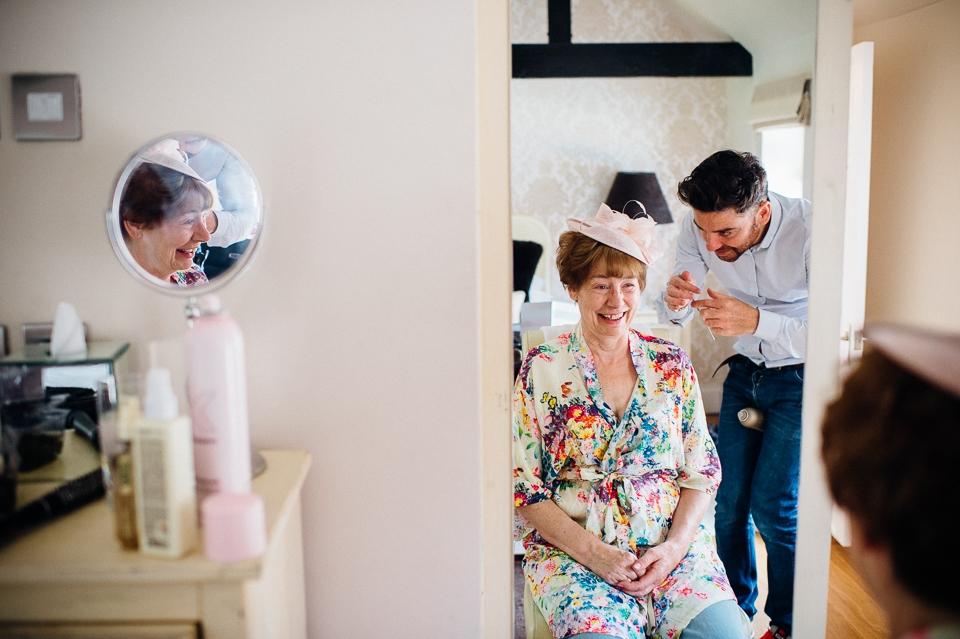 alternative fun documentary wedding photographer-3