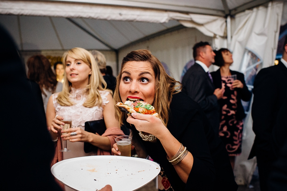 alternative fun documentary wedding photographer-34