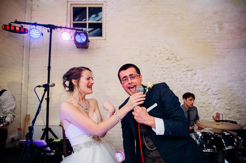 alternative fun documentary wedding photographer-38