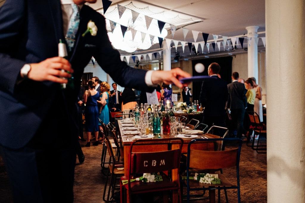 tanner warehouse london wedding-14