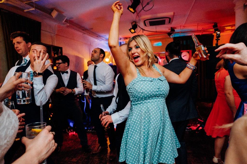 tanner warehouse london wedding-40
