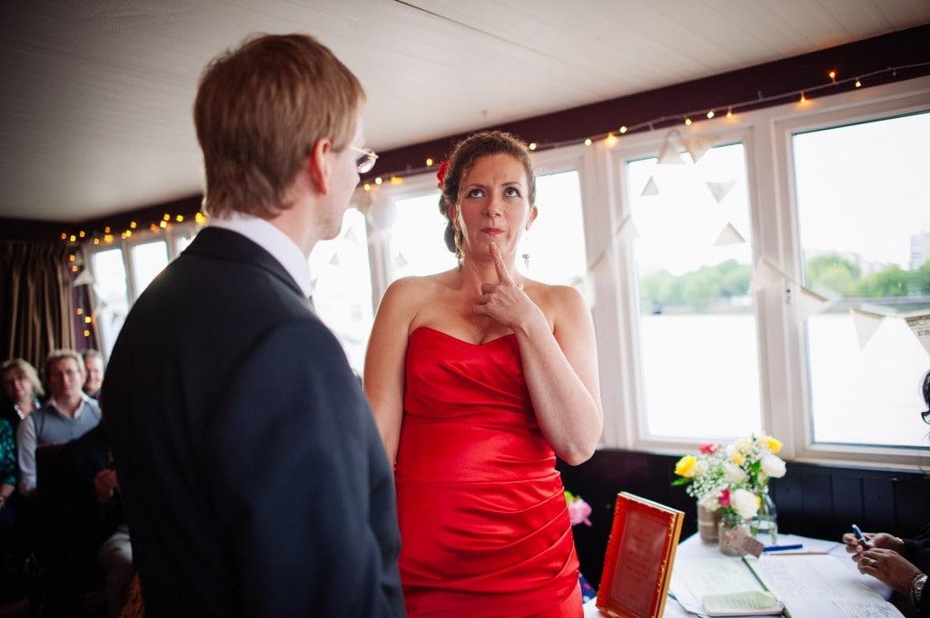 deaf bride signing her decision