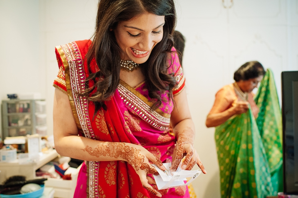 bride putting on her bindi