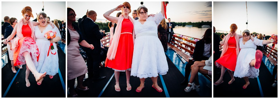 fun_boat_wedding_0035